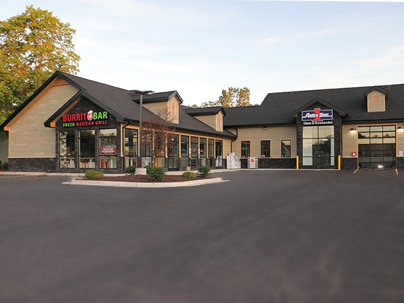 Grand River Howell Party Store and Retail